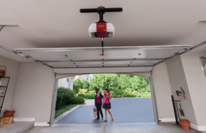 Choose of garage doors in home carriage style